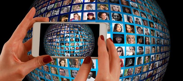 קורס ניהול מדיה חברתית